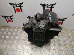 Korpus vozdushnogo filtra Mazda 3 BK